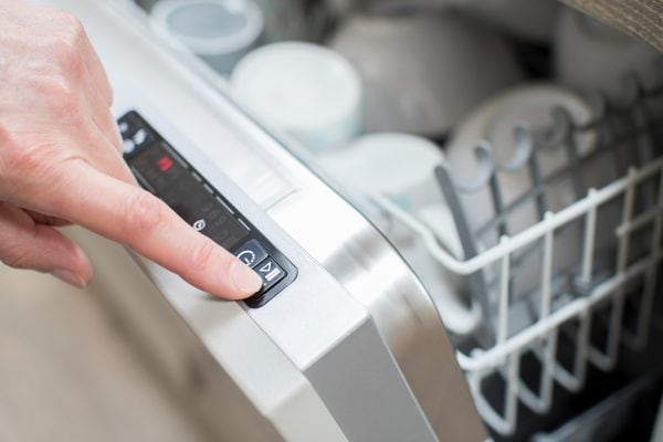 tips for buying a dishwasher