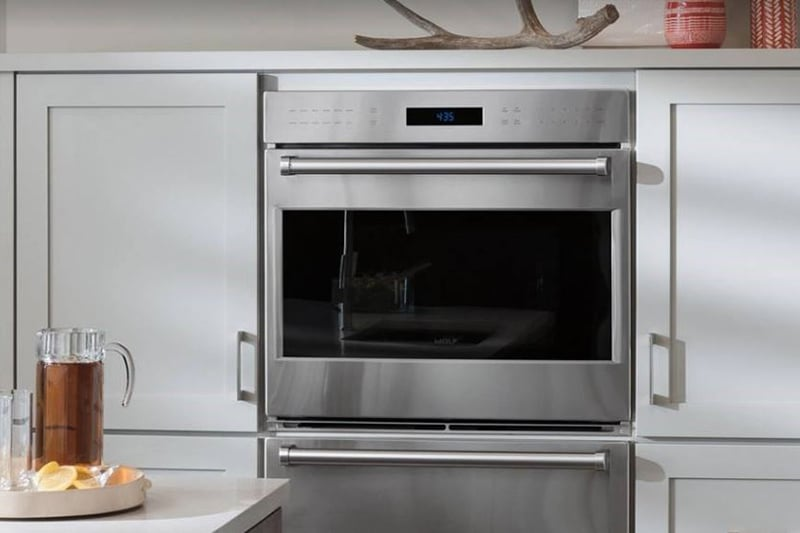 What's the Difference Between Wolf Oven Convection Bake vs. Roast Settings?
