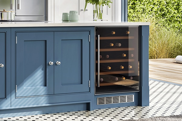 difference between a wine cooler and a wine cellar